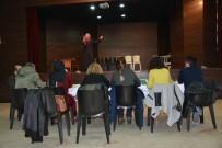 EMEKLİ ÖĞRETMEN - Gediz'de 'Safahat Okuma Yarışması'nın Ön Elemesi Yapıldı