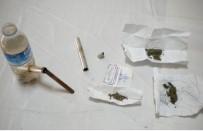 Üzerinde Uyuşturucu Çıkan 5 Kişi Gözaltına Alındı