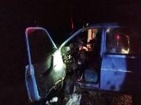 Adıyaman'da İki Otomobil Çarpıştı Açıklaması 1 Ölü, 1 Yaralı