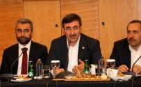 KANAAT ÖNDERLERİ - AK Parti Genel Başkan Yardımcısı Yılmaz Açıklaması 'Birbirine Benzemez Partileri Kim Bir Araya Getiriyor?'