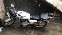 Duvarı Delip Motosikleti Çalan Zanlı Yakalandı