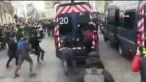 FRANSA CUMHURBAŞKANI - Sarı Yelekliler, bir kez daha Paris sokaklarını savaş alanına çevirdi