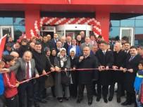 RAVZA KAVAKÇI KAN - Ümraniyespor Kulübü Kamp Merkezi Ve Kulüp Yönetimi Binası Hizmete Açıldı
