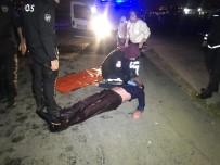 DENİZ POLİSİ - Fatih'te Denize Atlayan Genci Deniz Polisi Kurtardı