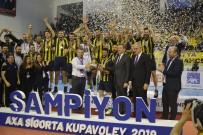MILLI EĞITIM BAKANı - Fenerbahçe Kupasını Aldı