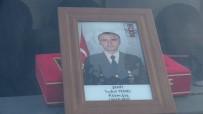 KAMURAN TAŞBILEK - Gümüşhaneli Şehidin Cenazesi Uçakla Trabzon'a Getirildi