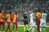 SİNAN GÜMÜŞ - Spor Toto Süper Lig Açıklaması Bursaspor Açıklaması 2 - Galatasaray Açıklaması 1 (İlk Yarı)