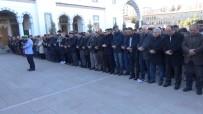 Yeni Zelanda'da Öldürülen Müslümanlar İçin Gıyabi Cenaze Namazı Kılındı