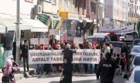 Asfalt Tesisinin Kurulmasını İstemeyen Köylüler Yürüyüş Düzenledi