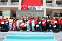 BUZ PATENİ - Başkan Kocamaz, Spor Kurslarına Katılanlara Sertifikalarını Verdi