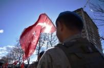 Çanakkale Şehitleri İçin 50 Metrelik Türk Bayrağı İle Yürüyüş