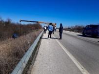 Edirne'de Askeri Araç Kaza Yaptı Açıklaması 4 Yaralı