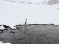 Gölette Su Sızıntısı 12 Haneyi Boşalttırdı