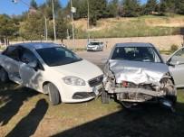 Karabük'te İki Otomobil Çarpıştı Açıklaması 2'Si Çocuk 4 Yaralı