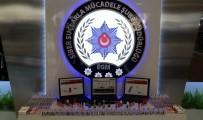 GÜVEN TİMLERİ - Milyonlarca Lira Vurgun Yapan E-Ticaret Dolandırıcıları Yakalandı