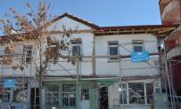 Seyitgazi'nin Tarihi Battalgazi Evleri Gün Yüzüne Çıkıyor