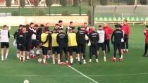 MAHMUT TEKDEMIR - A Milli Futbol Takımı Hazırlıklarını Sürdürdü