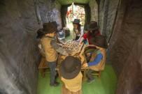 GIZEMLI - Minikler Dinozorların Gizemli Dünyasını Keşfedecek