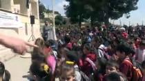 Suriye Sınırındaki Okula Beşiktaş Forması Dağıtıldı