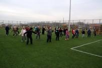 BEDEN EĞİTİMİ ÖĞRETMENİ - Yaşampark'ta Kadınlara Özel Sabah Sporu Büyük Katılımla Sürüyor