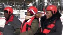 Büyükelçilerin Karda Rafting Yarışları Nefes Kesti