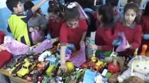 İlkokul Öğrencilerinden İhtiyaç Sahibi Çocuklara Yardım