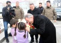 Milli Savunma Bakanı Akar, Ağrı'da Şehit Aileleri Ve Gazilerle Bir Araya Geldi