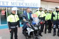 Aksaray'da Trafik Polisleri Yeni Kıyafetleriyle Görevde