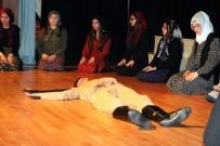 KURAN-ı KERIM - Çözüm Koleji Çanakkale Şehitlerini Andı