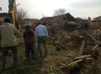 Denizli Valiliği Açıklaması Depremde 30 Ev Yıkıldı