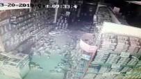 Deprem Anı Marketin Güvenlik Kameralarına Yansıdı