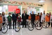NEVZAT DOĞAN - İzmit'te Bisiklet Dağıtımları Devam Ediyor