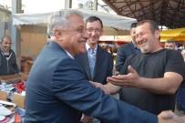 MECLİS ÜYESİ - Özbek'e Anlamlı Hediye