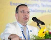 KAZAKISTAN - Prof. Dr. Gürkan Kumbaroğlu Açıklaması 'Nazarbayev'in İstifasının Arkasında Petrol Var'