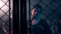 Rockçı Erdem Genç İkinci Klibinde Kafes Dövüşü Hakemi Oldu