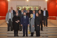 MECLİS ÜYESİ - Başkan Aktepe'den Meclis Üyelerine Plaket