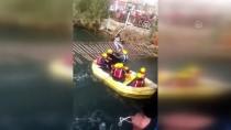 Bindikleri Bot Şelaleye Sürüklenen 16 Turist Kurtarıldı