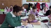 İNGILIZCE - Down Sendromlu Melek Başarısıyla Takdir Topluyor