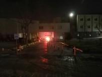 EGE ÜNIVERSITESI HASTANESI - Hastanede Çıkan Yangın Vatandaşları Korkuttu