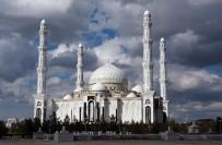 Kazakistan'da Başkentin Adının Değiştirilmesi Protesto Edildi
