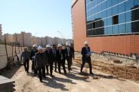 Rektör Karacoşkun Üniversite İçerisindeki İnşaat Alanlarını İnceledi