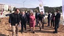 Uşak'ta 'Adalet Ormanı'na 500 Fidan Dikildi