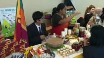 Arap Kadınlardan 'Çikolata Satışıyla' Yemen'e Yardım Kampanyası