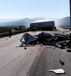 Aydın-İzmir Otobanında Trafik Kazası Açıklaması 1'İ Ağır 2 Yaralı