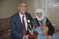 Başkanı Kale Yaşlıları Evlerinde Ziyaret Etti
