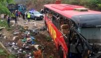 Gana'da Otobüs Kazası Açıklaması 60 Ölü