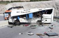 İzmir Valiliği, Feci Kazada 34 Kişinin Yaralandığını Açıkladı
