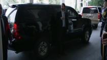 Lübnan Cumhurbaşkanı Avn ABD Dışişleri Bakanı Pompeo'yu Kabul Etti