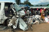 Malavi'de Trafik Kazası Açıklaması 17 Ölü