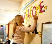 Okulun koridorları İngilizce kelimelerle donatıldı